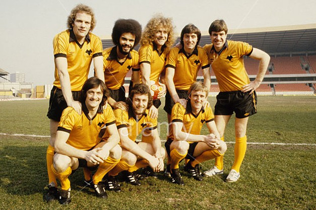 Wolves League Cup final players Andy Gray George Berry Robert Plant John Richards and Emlyn Hughes. Kenny Hibbitt Peter Daniel a